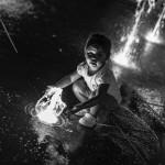 L'acqua e la bambina. Foto di Emanuele Ruggiero, fotografo e grafico ad Avellino.