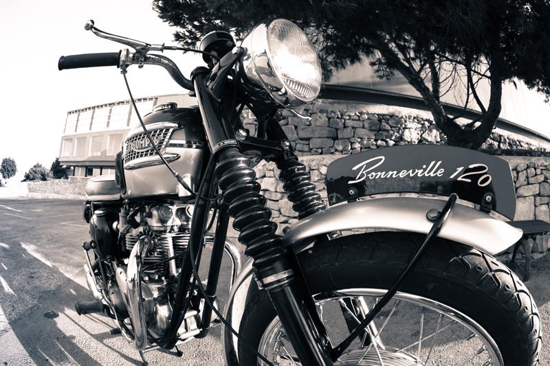 Bonneville120